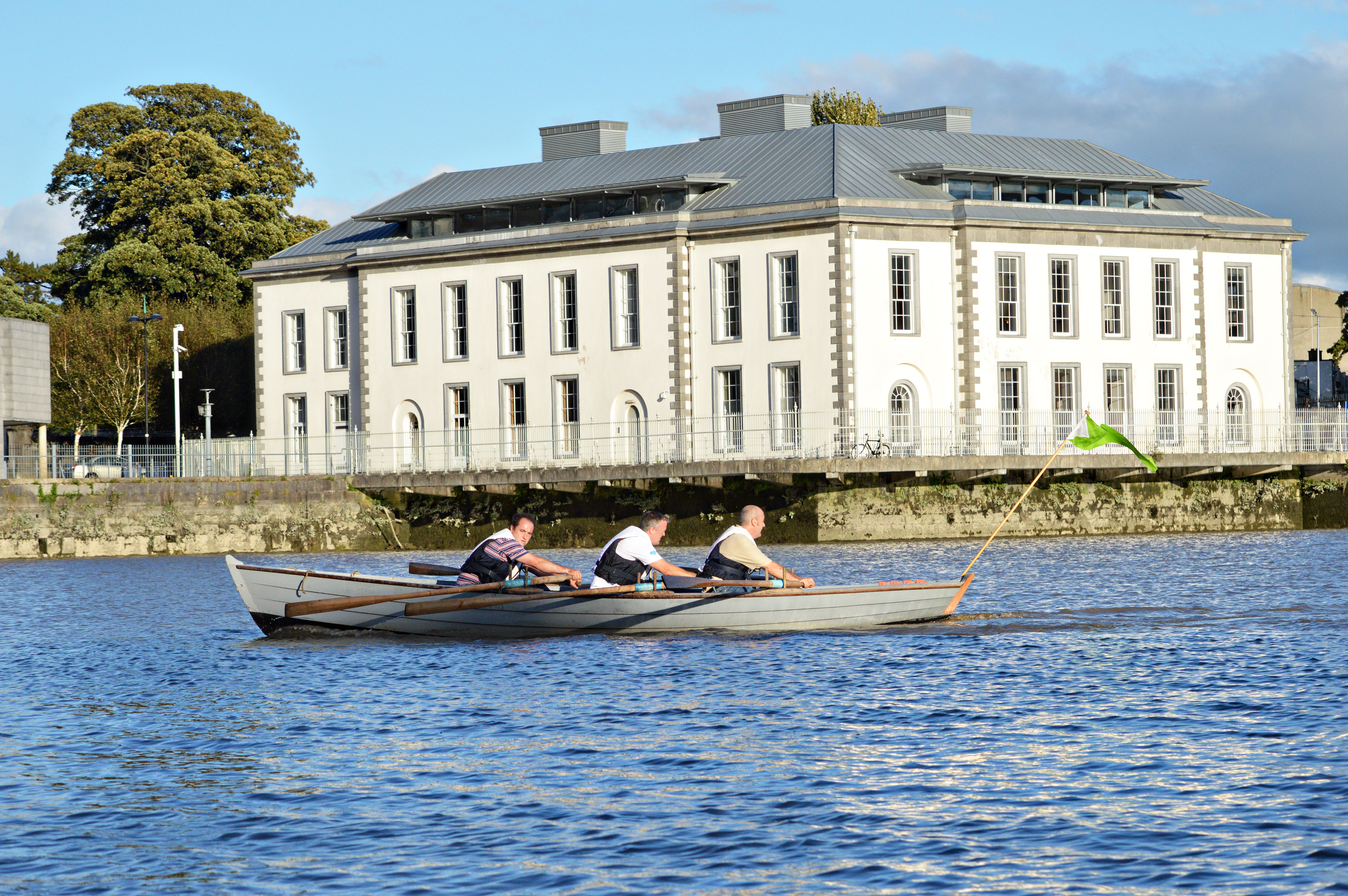 Races underway between the bridges, Limerick City